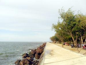 Tembok Pantai